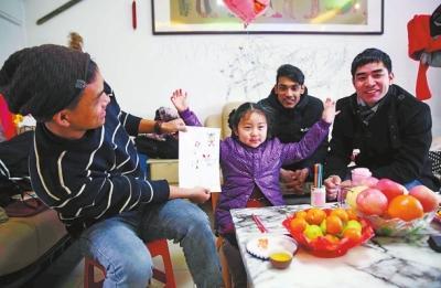43名外国留学生漯河过春节 感受河南人的热情